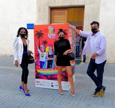 El Orgullo LGTBI de Elche arranca con la inauguración de la exposición 'Transcuba'