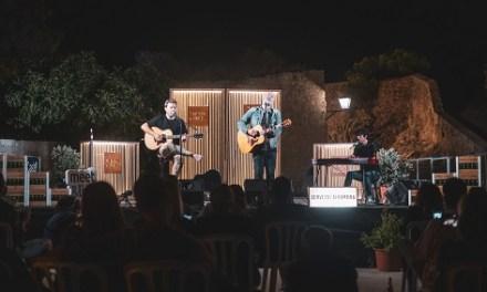 """""""Momentos Alhambra"""" volvió este miércoles al Castillo de Santa Bárbara con un exclusivo acústico de La Habitación Roja"""