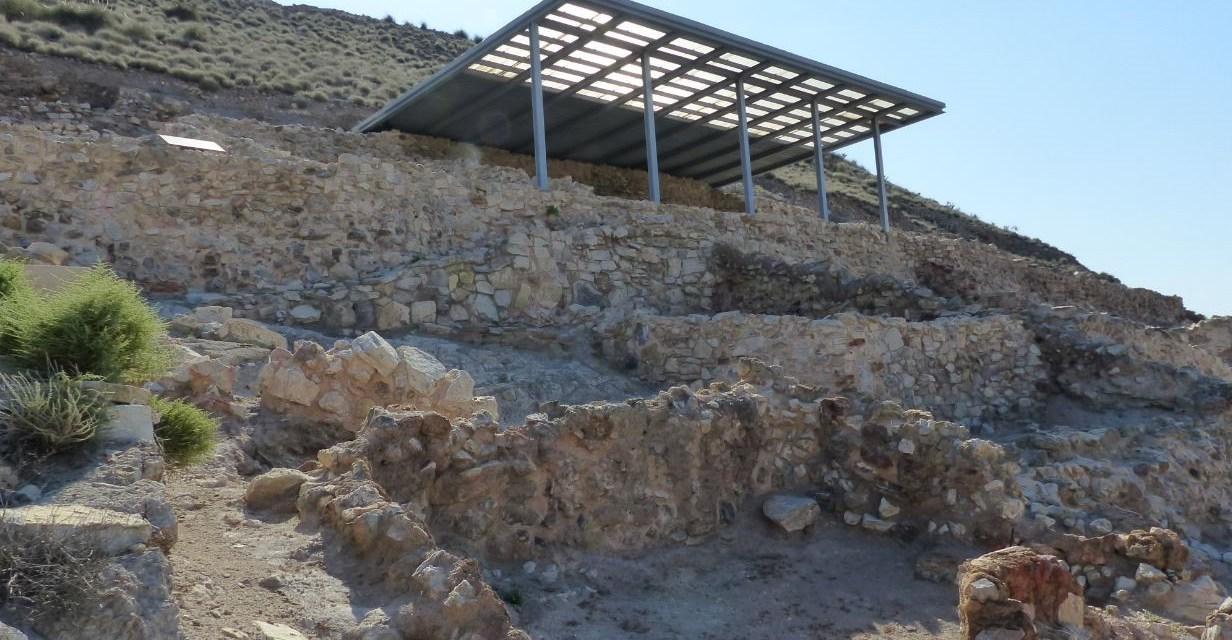 La British Academy financia un proyecto sobre los talleres metalúrgicos en la Edad de Bronce en el yacimiento de Cabezo Redondo de Villena