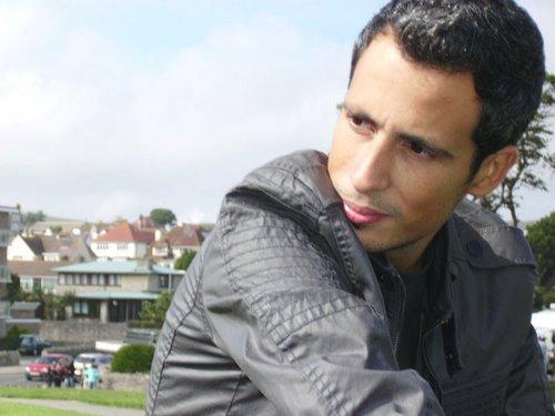 Cruzamos El Puente de los Espejos con… Fernando Mañogil Martínez: La musa y el silencio