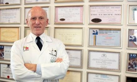 'Forbes' inclou en un nou llibre a l'oftalmòleg alacantí Jorge Alió com un dels metges més 'Top' d'Espanya