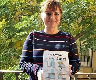 Cultura de Elda edita el libro 'Encerrada con los García', un relato juvenil que cuenta la experiencia de una niña de diez años durante el confinamiento