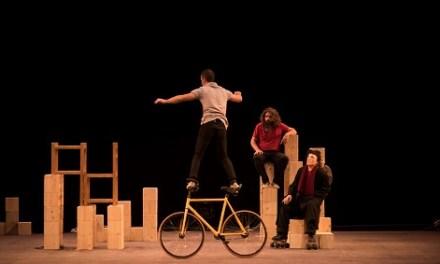 """""""MUR"""", circo que derrumba barreras, en el Teatro Chapí de Villena"""