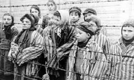 Alicante se suma al Día Internacional en Memoria de las Víctimas del Holocausto