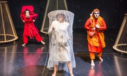 El teatre de Brecht i circ-flamenc per a acomiadar gener al Teatre Arniches