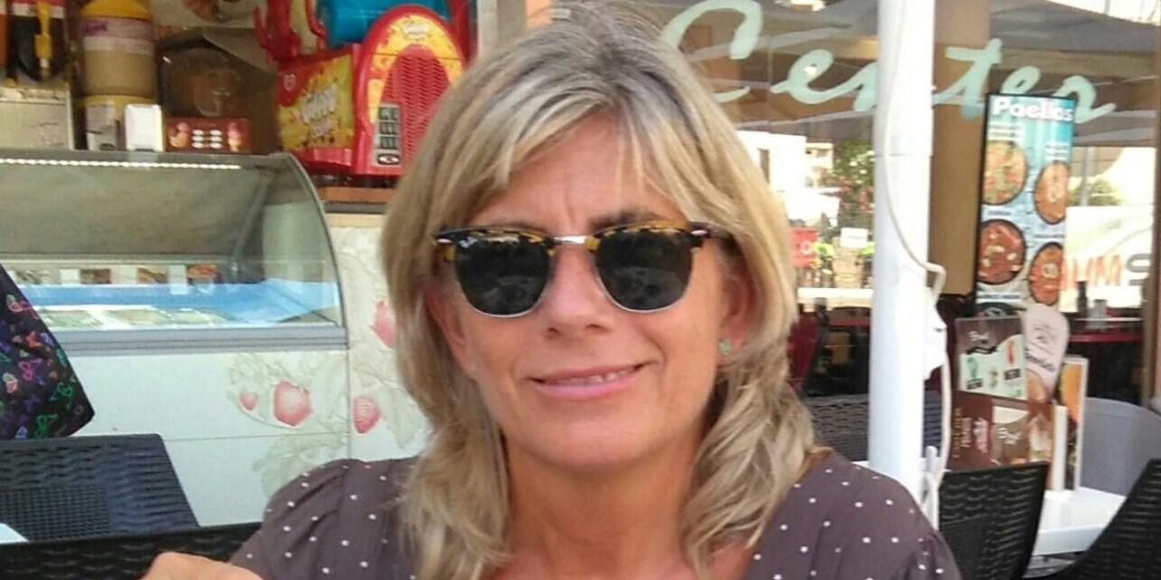 Cruzamos El Puente de los Espejos con… Rosa María Marcillas Piquer: Más allá de la piel