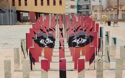 Inaugurada a Elda l'exposició dels treballs de 'Arquitectures Efímeres' realitzats per alumnes i alumnes de la Universitat d'Alacant