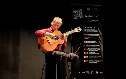 Pedro Jesús Gómez impresiona al público del Festival de Guitarra 'Ciutat d'Elx' con su impecable interpretación
