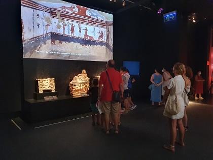 Más de 12.000 personas visitan en el MARQ la muestra internacional sobre los etruscos durante el primer mes de exhibición