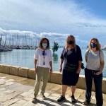 La periodista danesa Hanne Olsen visita Torrevieja interesándose por la historia de las salinas y la oferta turística medioambiental