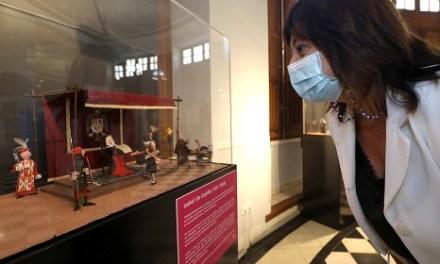 La Diputación recorre la trayectoria de destacadas mujeres de la historia con una exposición de figuras de plastilina