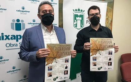 El magistrat Joaquim Bosch i el periodista Ignacio Escolar, entre els conferenciants de la Tardor Cultural de Petrer que comença el dia 15