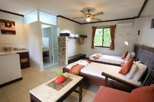 Book a room at the palms cove resort, panglao, philippines and get a great discounts! 002
