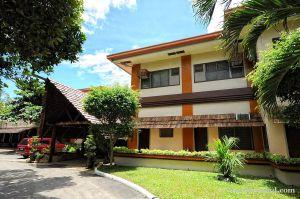 Bohol budget hotels and resorts for travelers on a budget