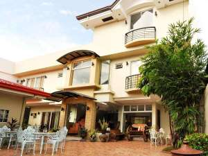 Stay At The Harbour Gardens Tourist Inn Bohol And Get More Out Of Your Money! 003
