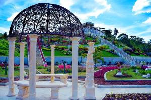 Come and enjoy the scenery mirror of the world sikatuna bohol, philippines!