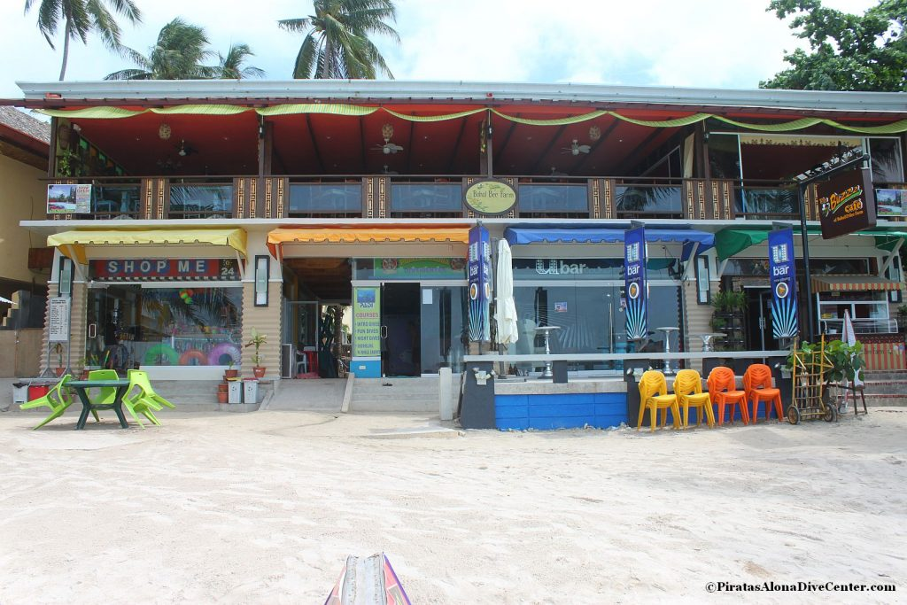 Piratas alona dive center bohol
