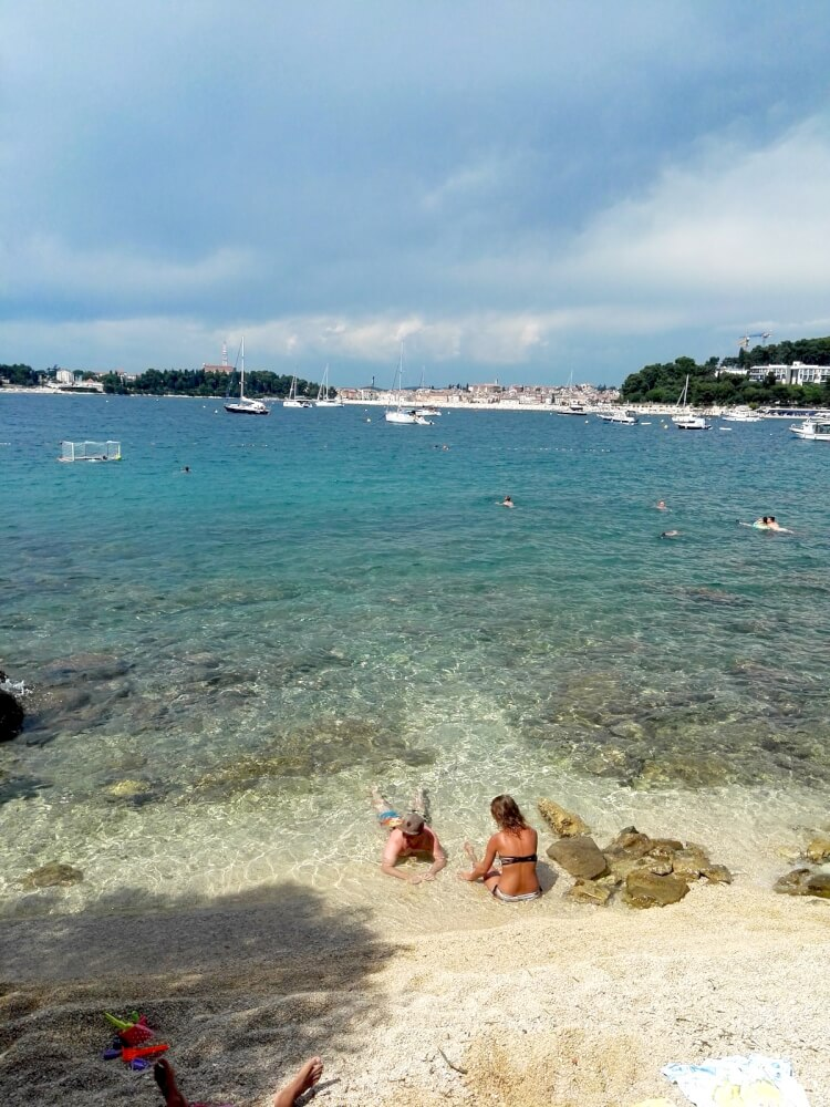 LONE BAY BEACH rovinj