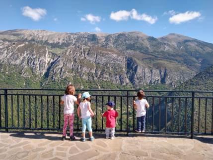 gresolet mirador pedraforca amb nens