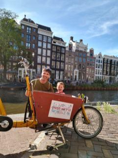 bici cargo bike amsterdam bakfiets niños 2