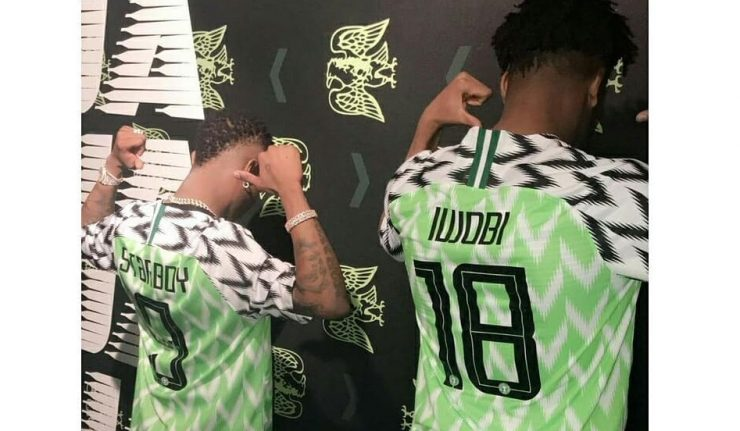 Wizkid & Alex Iwobi Poses With New Super Eagles Jersey