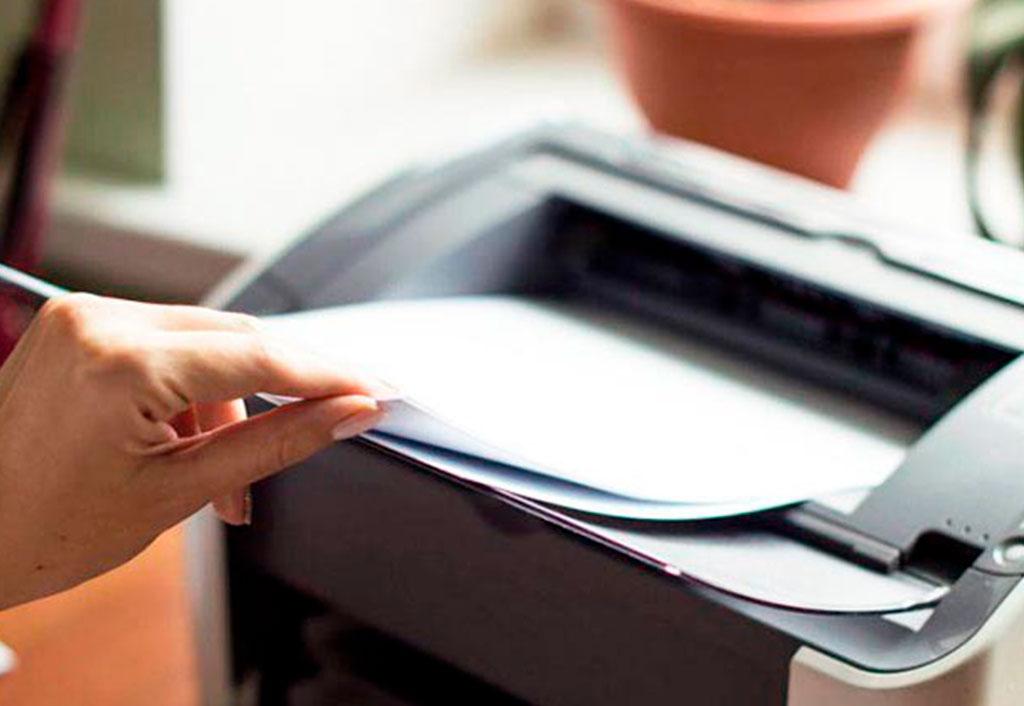 Qual papel devo comprar para minha impressora?