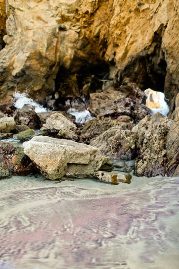 Pfeiffer Beach Big Sur - Purple Sand Beach in California // localadventurer.com