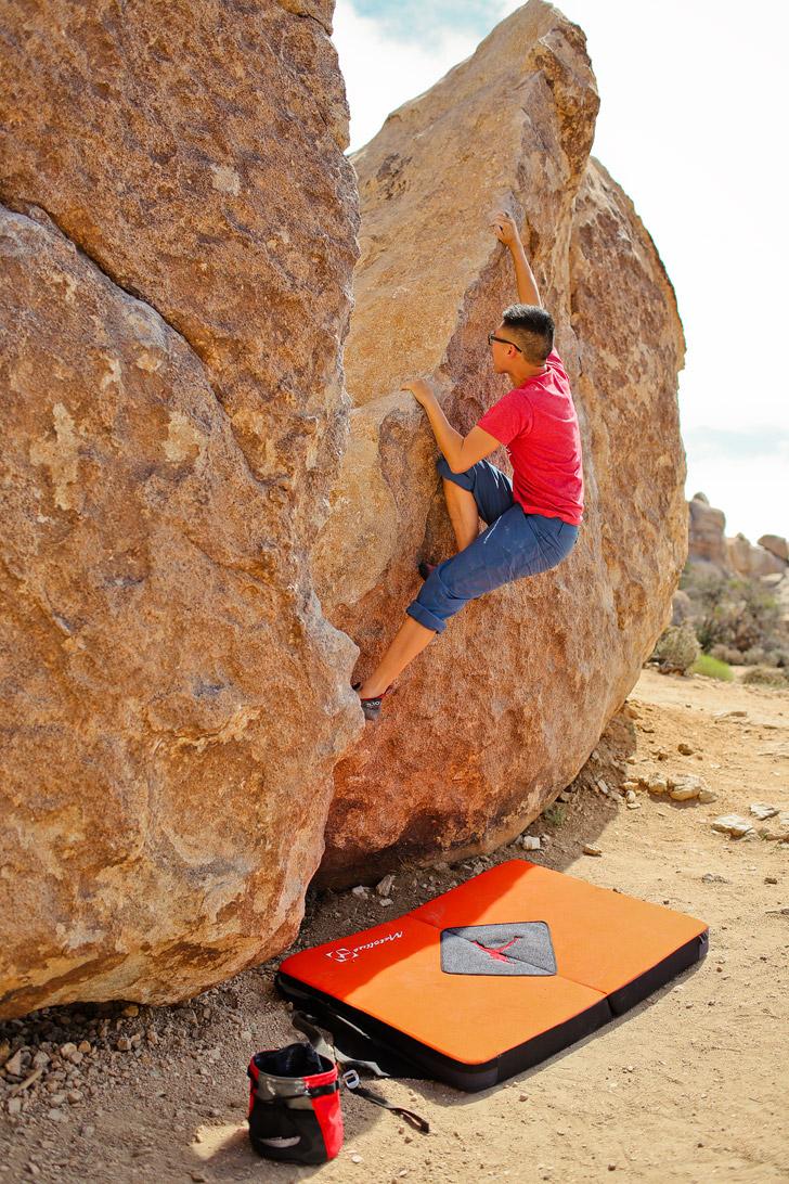 Rock Climbing Joshua Tree National Park California USA // localadventurer.com