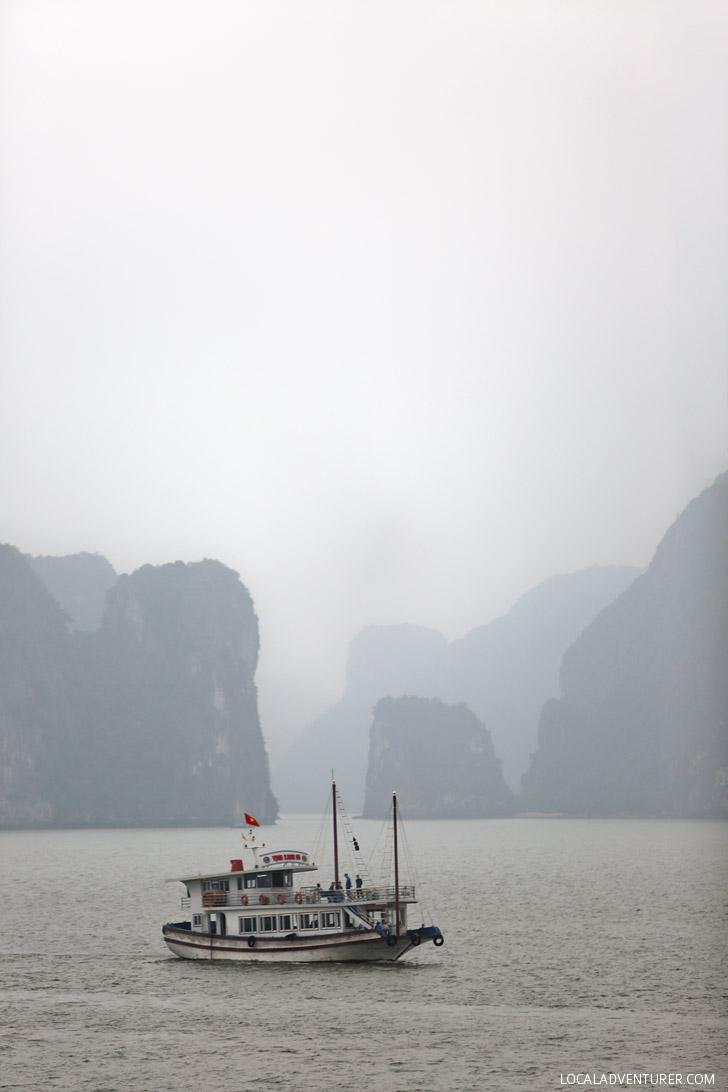Magical Boat Cruise through Ha Long Vietnam // localadventurer.com