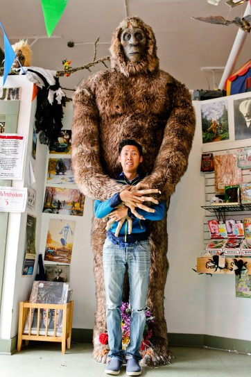 Weird Portland Attractions - the Freakybuttrue Peculiarium and Museum // localadventurer.com