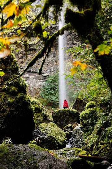 Elowah Falls Hike in Oregon // localadventurer.com