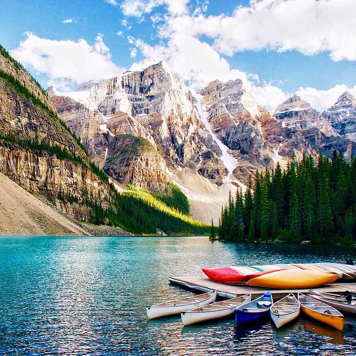 Moraine Lake Banff National Park Alberta Canada // localadventurer.com