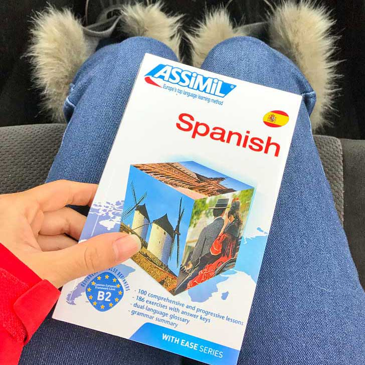 Learning Spanish in a Month - Assimil Spanish Review // localadventurer.com