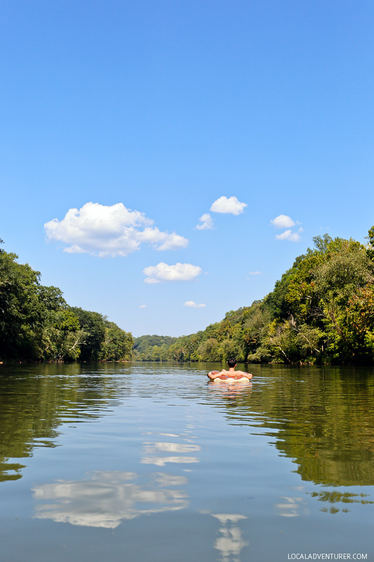 Tubing Chattahoochee River (Things to Do in Atlanta) // localadventurer.com