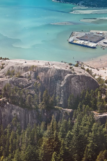 Hiking the Chief, Squamish BC Canada + Essential Tips for Your Visit // localadventurer.com