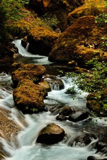 Wahclella Falls, Columbia River Gorge Waterfalls, Oregon Hiking Trails // localadventurer.com