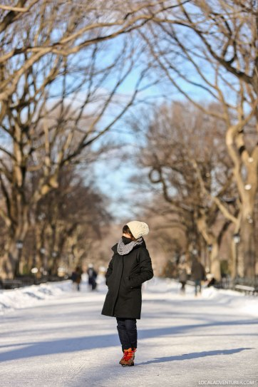 What to Wear in New York Winter Weather - especially January and February are frigid // localadventurer.com