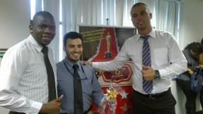 Thiago Henrique (coordenador WO Não Ajuizados - Fábrica II), Felipe Paiva (premiado equipe WO Não Ajuizados - Fábrica II) e André Marques (coordenador WO Não Ajuizados - Fábrica II)