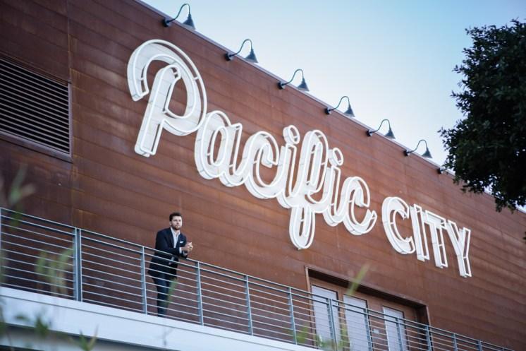 OC Apirl-Go Profile - Stenn Parton at Pacific City-Bradley Blackburn-sRGB-04