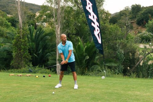 kelly-slater-teeing-off-at-the-9th-hole-sponsored-by-traxxas