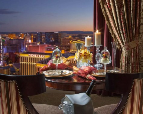 view-from-the-palazzo-luxury-suite