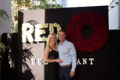 red-o-la-jolla-step-repeat-5