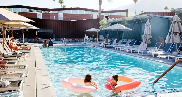 11 Pools In Greater Palm Springs To Cool You Off When It Sizzles