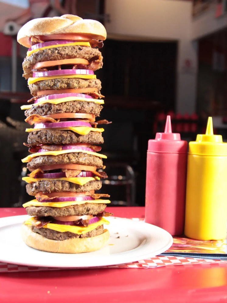 7 Serious Las Vegas Food Challenges That Arent For The