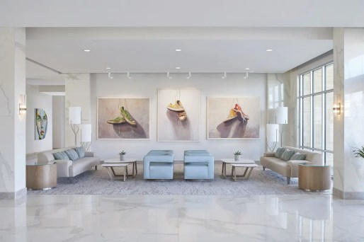 Hotel-Paseo_Lobby-Rotating-Gallery_1-R-f