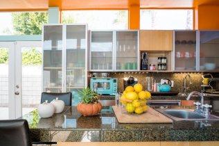 Kitchen Airbnb