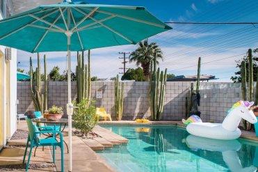 Unicorn pool Airbnb