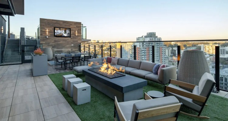 Join Our Social Hour Rooftop Party at LUMA Apartments in ...