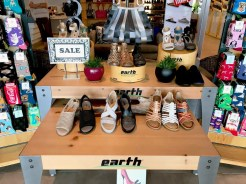 World of Earth Footwear_0