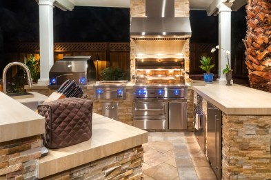 System Pavers_Outdoor Kitchen